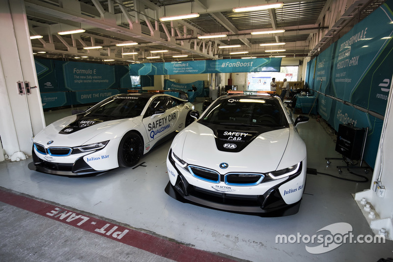 Safety-Cars: BMW i8