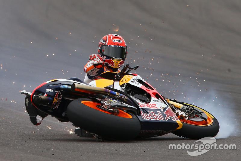 Memimpin balapan, tapi Marquez terjatuh di Argentina