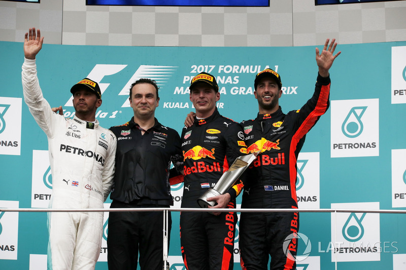 Podium: second place Lewis Hamilton, Mercedes AMG F1, Race winner Max Verstappen, Red Bull Racing, third place Daniel Ricciardo, Red Bull Racing