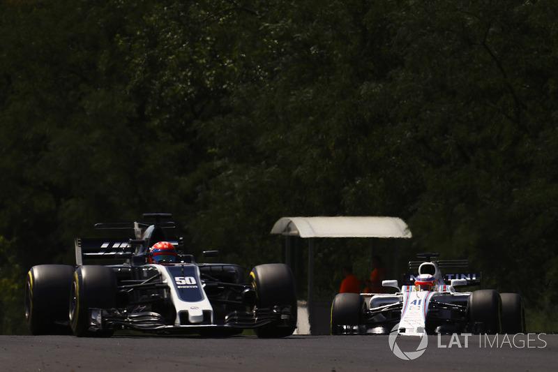 Сантіно Ферруччі, Haas F1 Team VF-17, Ліка Гіотто, Williams FW40
