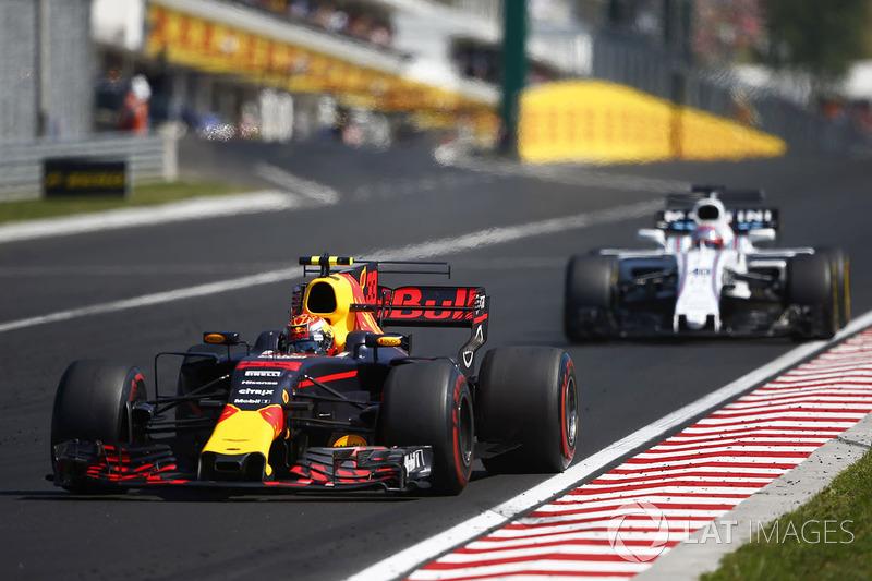 Max Verstappen, Red Bull Racing RB13, Paul di Resta, Williams FW40