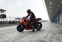 Bradley Smith, Red Bull KTM Factory Racing, nuevo carenado