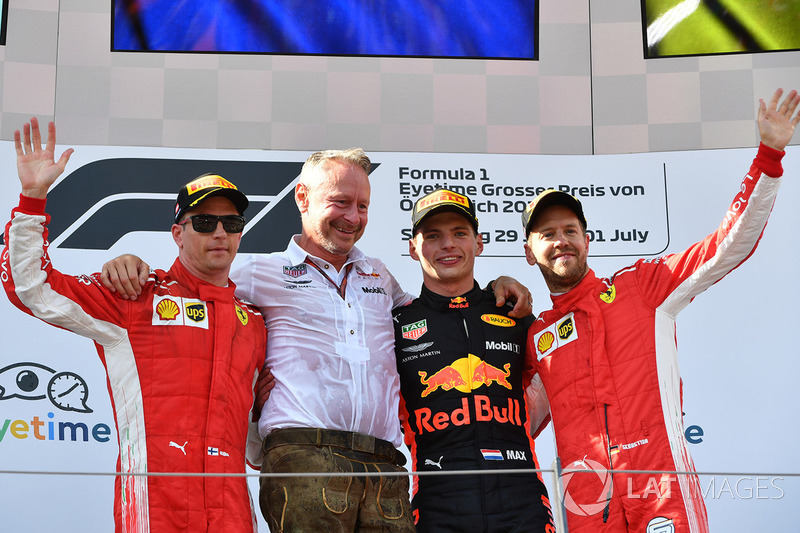 Podyum: Yarış galibi Max Verstappen, Red Bull Racing, 2. Kimi Raikkonen, Ferrari, 3. Sebastian Vettel, Ferrari