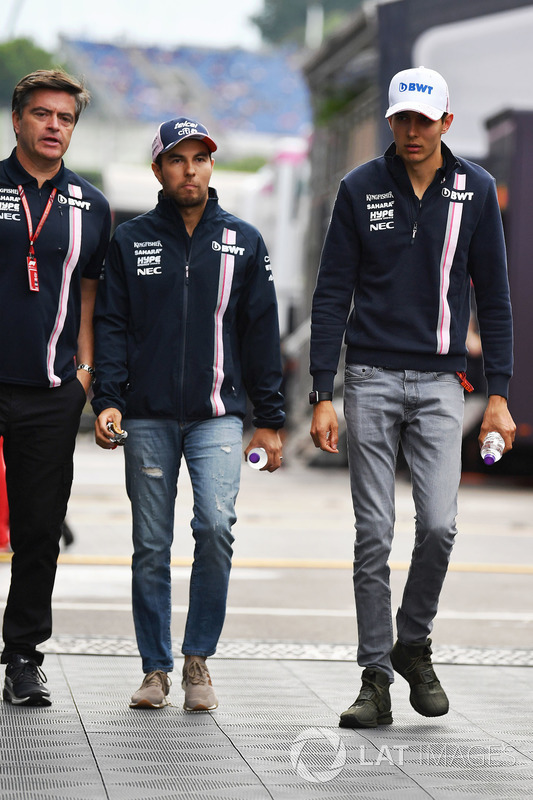 Andy Stevenson, Force India F1 Team Manager, Sergio Perez, Force India and Esteban Ocon, Force India F1