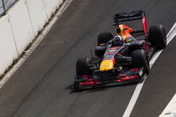 David Coulthard con RB7 durante el Jumbo Race Days
