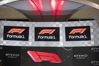 Yeni F1 logosu podyumda