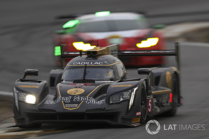 #5 Action Express Racing Cadillac DPi, Жоао Барбоза, Філіпе Альбукерке, Крістіан Фіттіпальді