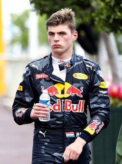 Max Verstappen, Red Bull Racing walks back to the pits