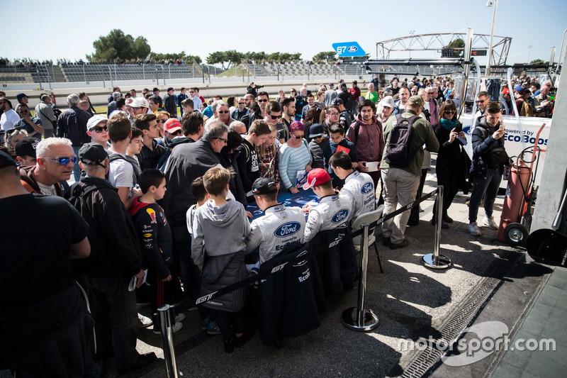 #66 Ford Chip Ganassi Racing Team UK, Ford GT: Billy Johnson, Stefan Mücke, Olivier Pla, bei der Aut
