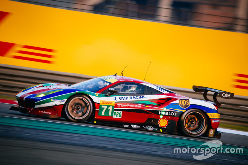 23. #71 AF Corse Ferrari 488 GTE: Давіде Рігон, Сем Бьорд