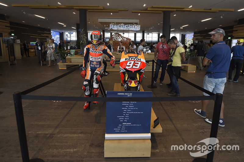 Marc Marquez, Repsol Honda Team, modello, Welcome center, Red Bull Ring