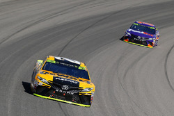 Matt Kenseth, Joe Gibbs Racing Toyota and Denny Hamlin, Joe Gibbs Racing Toyota