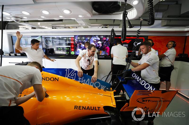 El coche de Fernando Alonso, McLaren MCL33