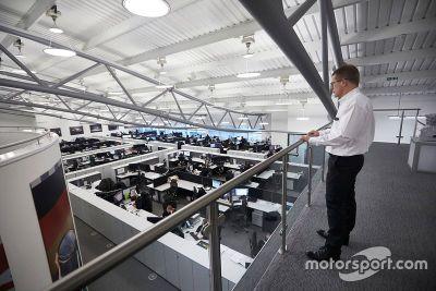 Фабрика Mercedes в Бриксворте