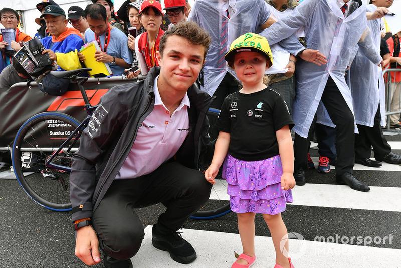Lando Norris, McLaren and young fan