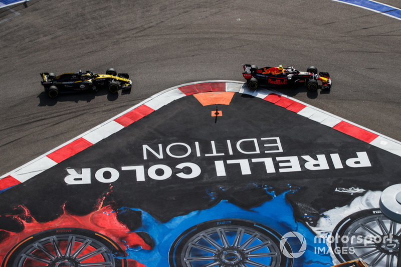 Hulkenberg puzzled to see Verstappen leading the race