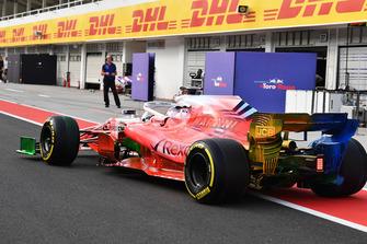 Robert Kubica, Williams FW41, con vernice aerodinamica sull'intera monoposto