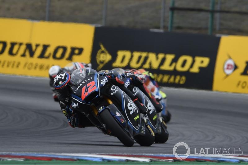Moto2 Ceko: Kualifikasi 3, finis 12