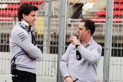 Toto Wolff, Mercedes AMG F1 Shareholder and Executive Director with Ron Meadows, Mercedes GP Team Ma