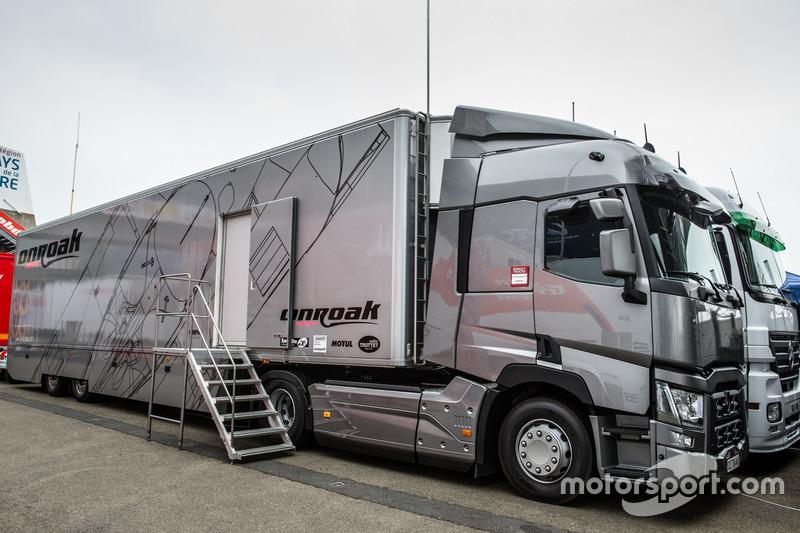 Вантажівка OnRoak