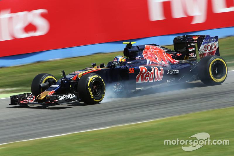 Carlos Sainz Jr., Scuderia Toro Rosso STR11 se bloquea en la frenada