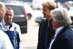 Paddy Lowe, Williams Formula 1, mit Nico Rosberg und Keke Rosberg