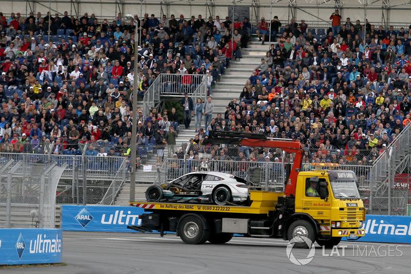 Розбита машина Гері Паффетта, Mercedes-AMG Team HWA, Mercedes-AMG C63 DTM