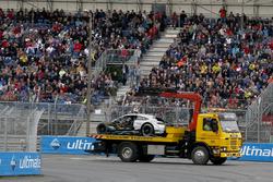 Разбитый Mercedes-AMG C63 DTM Гэри Паффета, Mercedes-AMG Team HWA