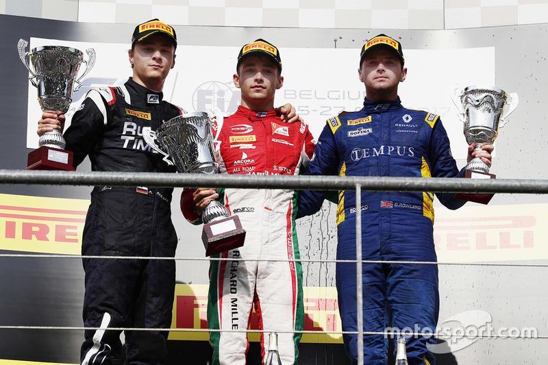 Podium : le vainqueur Charles Leclerc, PREMA Racing, le deuxième Artem Markelov, RUSSIAN TIME, le troisième Oliver Rowland, DAMS