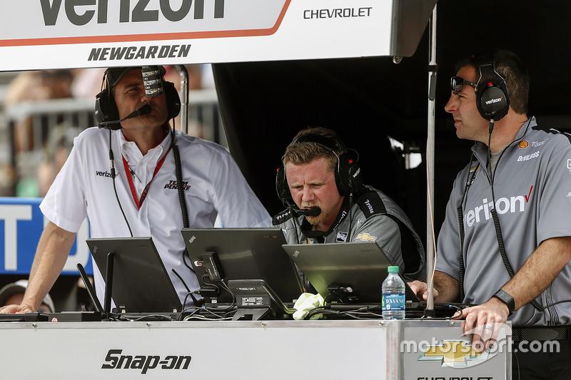 Josef Newgarden, Team Penske Chevrolet ingenieros