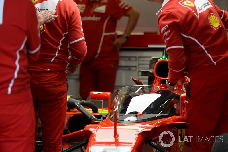 "Ferrari SF70-H і ""Щит"""