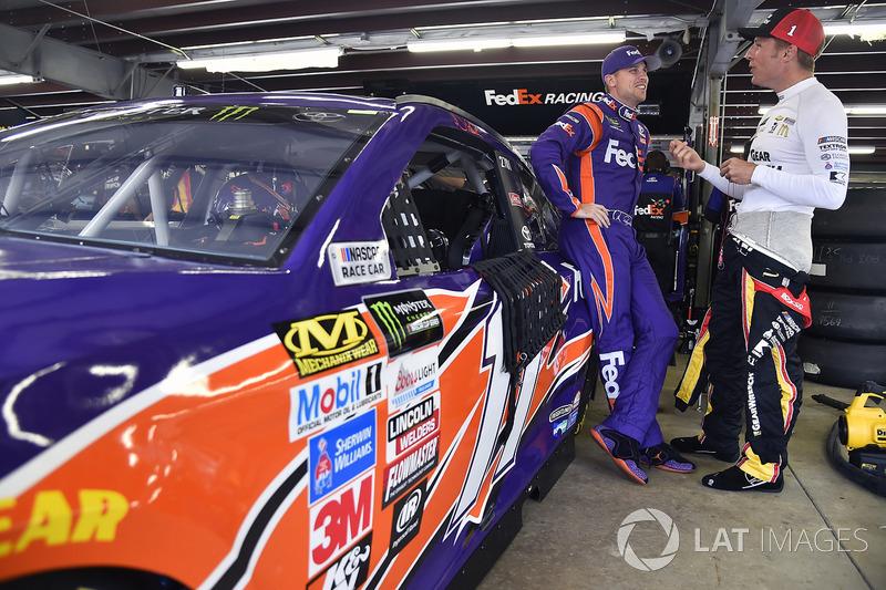 Denny Hamlin, Joe Gibbs Racing Toyota, Jamie McMurray, Chip Ganassi Racing Chevrolet