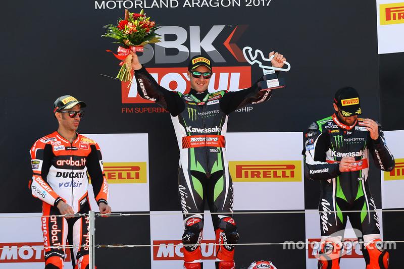 Podio: el ganador de la carrera, Jonathan Rea, Kawasaki Racing: segundo clasificado Marco Melandri, Ducati Team; tercer clasificado Tom Sykes, Kawasaki Racing