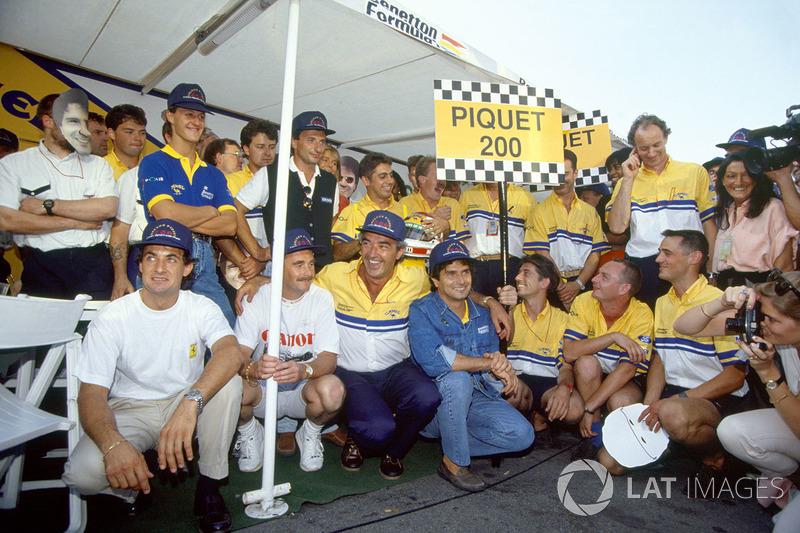 Nelson Piquet,Benetton celebrates his 200th Grand Prix start