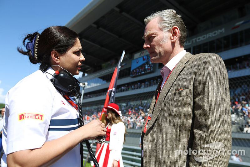 Monisha Kaltenborn, Team Principal and CEO, Sauber, Sean Bratches, Managing Director of Commercial Operations, Formula One Group
