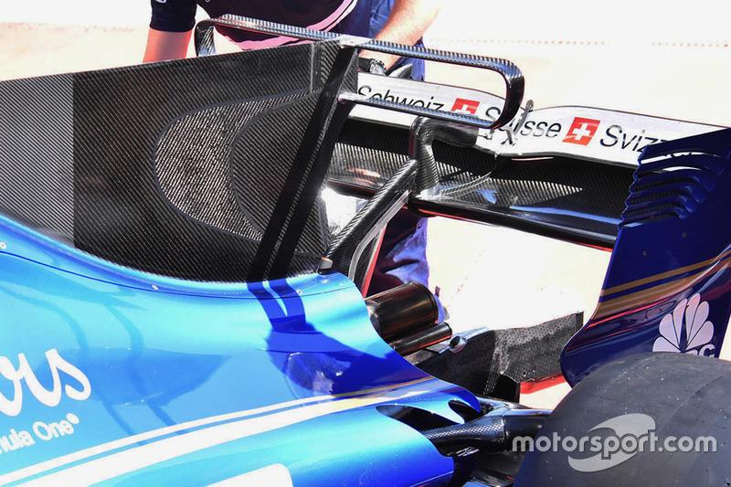 Sauber C36 T-wing detail