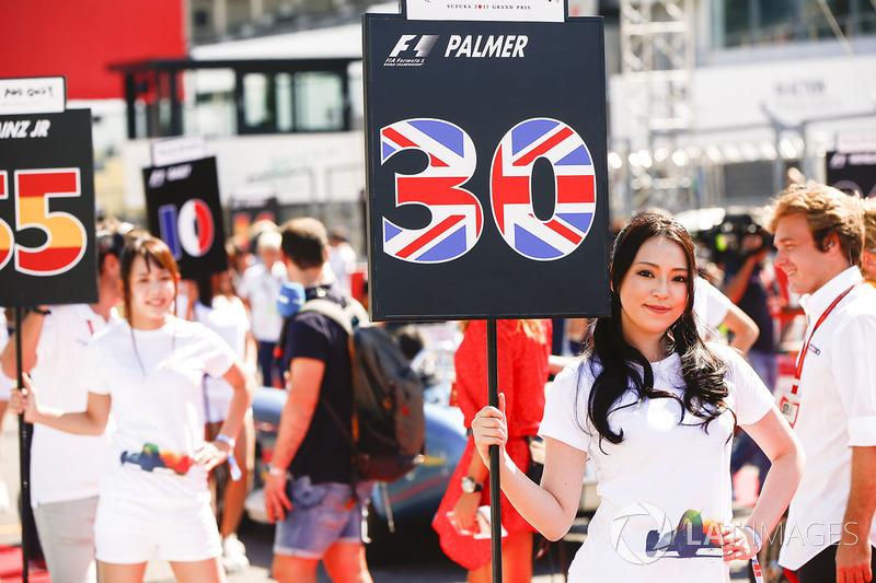 Chicas de la parrilla de Jolyon Palmer, Renault Sport F1 Team, Carlos Sainz Jr., Scuderia Toro Rosso