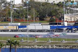 Blake Koch, Chevrolet, Brendan Gaughan, Richard Childress Racing Chevrolet, Ryan Reed, Roush Fenway Racing Ford and Brad Keselowski, Team Penske Ford crash