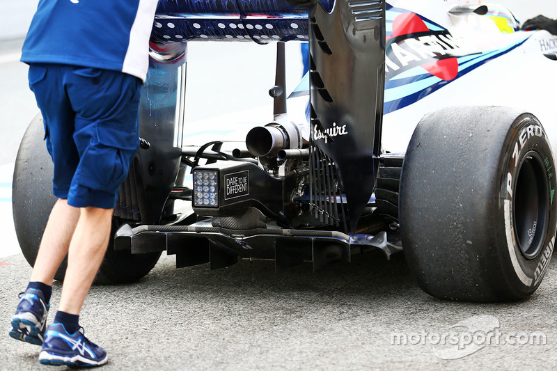 Williams FW38 rear wing, exhaust, and rear diffuser detail