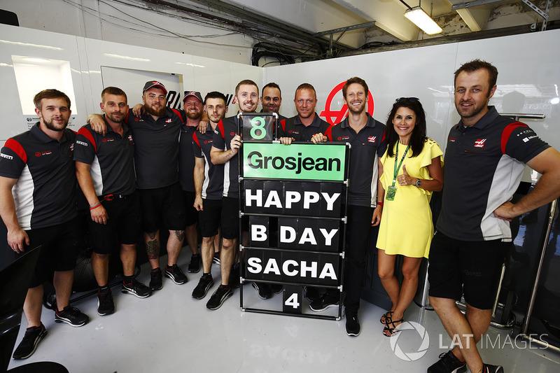 Повідомлення з привітанням з днем народження від Сача, сина Ромена Грожана, Haas F1 Team