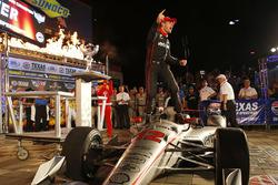 Will Power, Team Penske Team Penske Chevrolet celebrates in victory lane