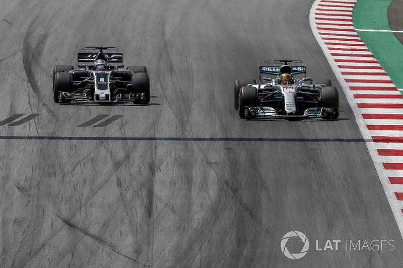 Льюіс Хемілтон, Mercedes-Benz F1 W08, Ромен Грожан, Haas F1 Team VF-17