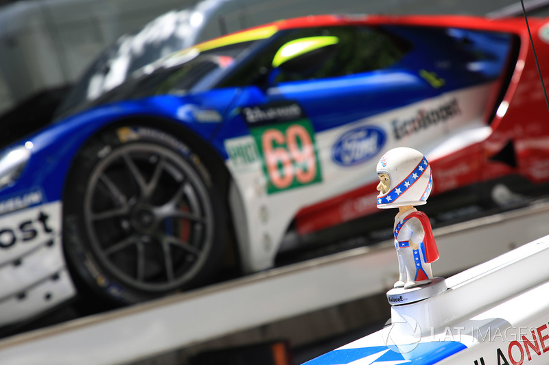 №21 Dragonspeed Oreca 07 Gibson, и №69 Ford Chip Ganassi Racing Ford GT