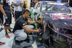 NASCAR Drive for Diversity, Boxenstopp