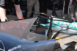 Mercedes AMG F1 W08 chimney shark fin detail