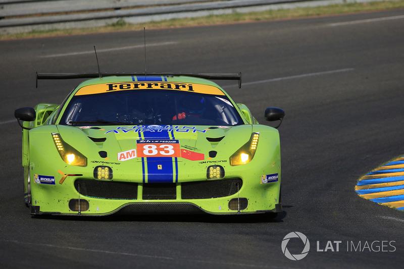 51. №83 DH Racing Ferrari 488 GTE: Трейси Крон, Ник Йонссон, Андреа Бертолини