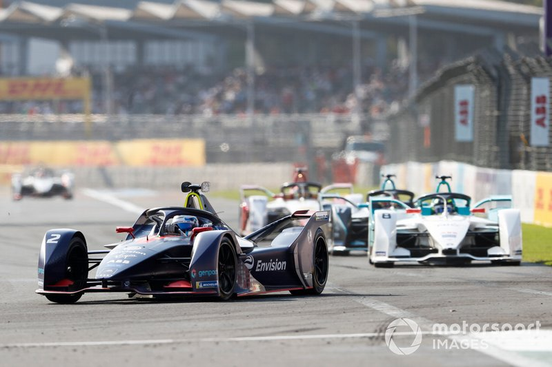 Sam Bird, Envision Virgin Racing, Audi e-tron FE05, Tom Dillmann, NIO Formula E Team, NIO Sport 004