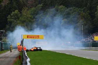 Stoffel Vandoorne, McLaren MCL33, va a sbattere nelle FP3