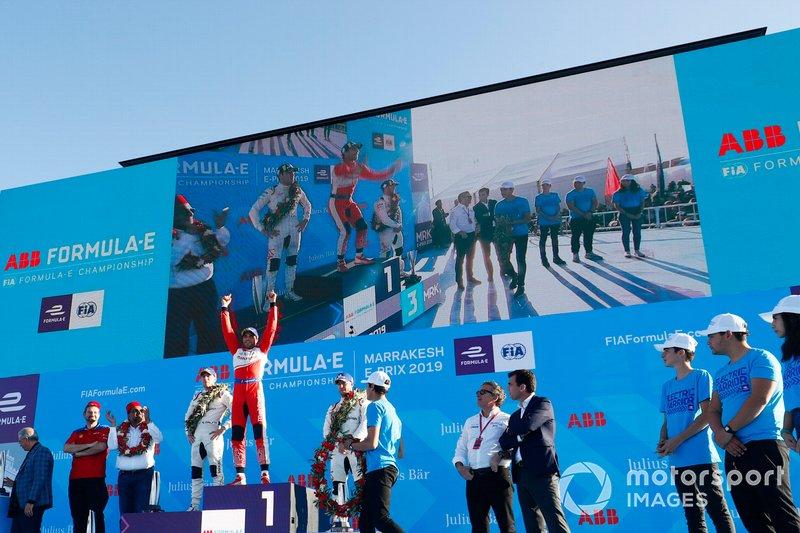 Podio: segundo lugar Robin Frijns, Envision Virgin Racing, ganador de la carrera Jérôme d'Ambrosio, Mahindra Racing, y el tercer lugar Sam Bird, Envision Virgin Racing