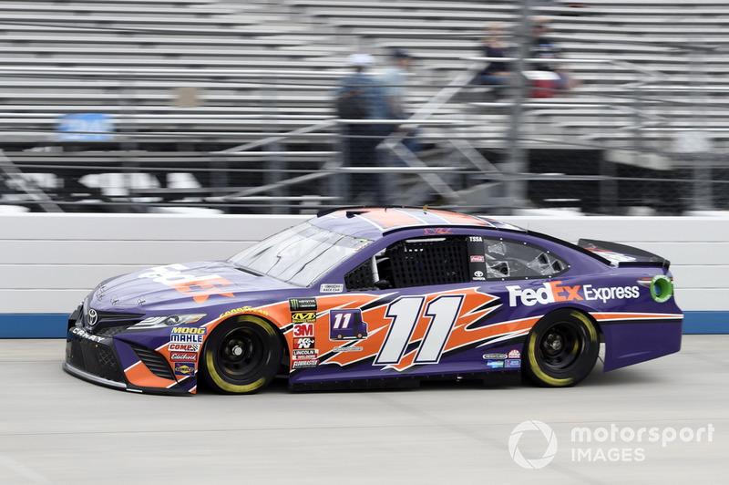 15. Denny Hamlin, Joe Gibbs Racing, Toyota Camry FedEx Express